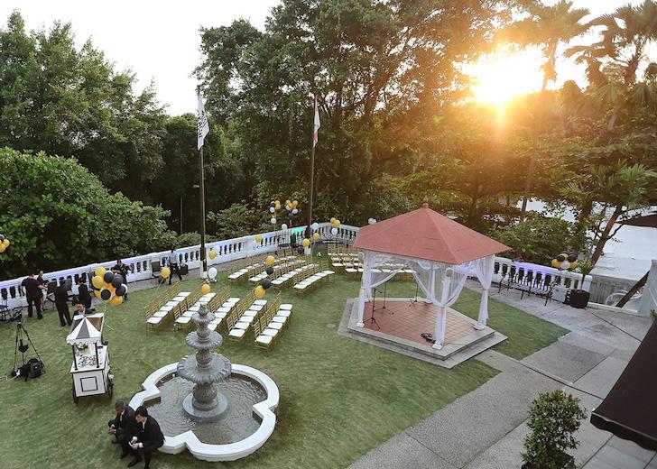 Dog-friendly Wedding Venue Alkaff Mansion Lawn| Vanillapup