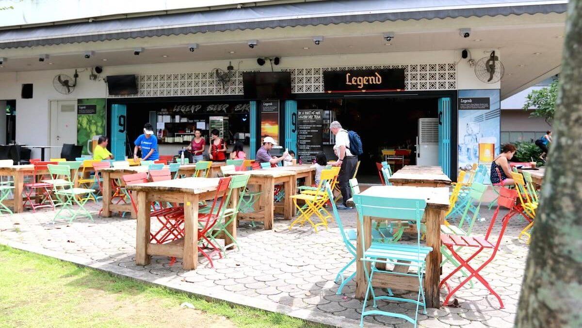 Dog-friendly Legend Cafe | Vanillapup